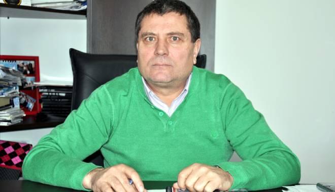 Foto: Cum modernizează primarul Stelian Gheorghe comuna Topraisar