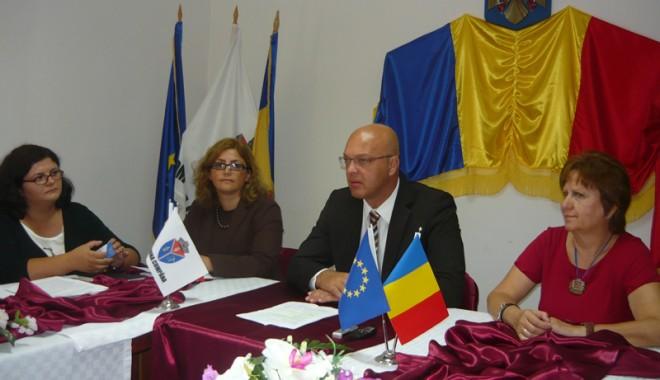 Foto: Ce-i diferenţiază pe profesorii greci de cei români