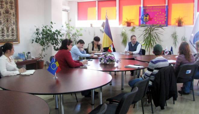 """Foto: Cumpăna -  """"una dintre  cele mai organizate comunităţi"""""""