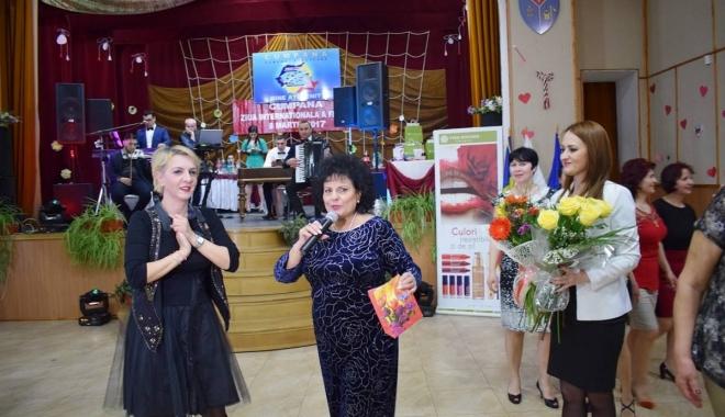 """Foto: Cum au sărbătorit """"Ziua Femeii"""" localnicele din Cumpăna"""