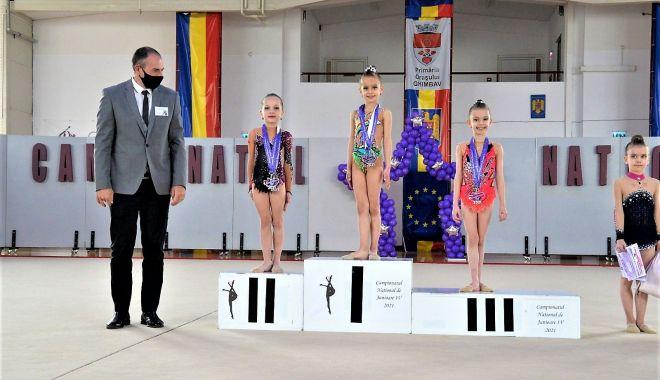 Noi medalii pentru micuţele gimnaste de la CS Victoria Cumpăna - cumpanamedalii-1617715849.jpg