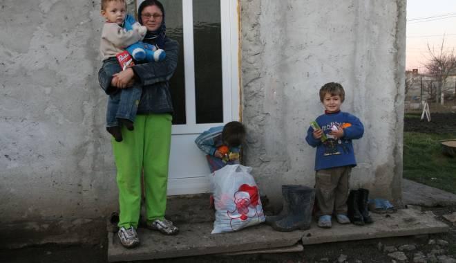 Cumpăna. 45 de familii primesc tichete de alimente - cumpanatichete-1420644602.jpg