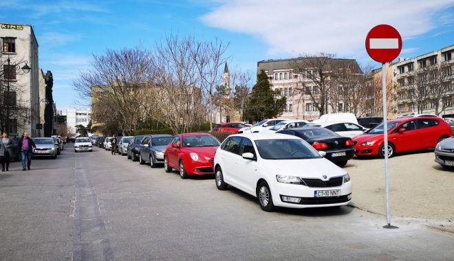 Foto: Primăria Constanța vă învață cum să plătiți parcarea cu cardul
