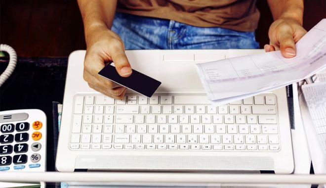 Foto: Cum puteţi transmite declaraţiile fiscale fără a mai merge la ghişeele SPIT