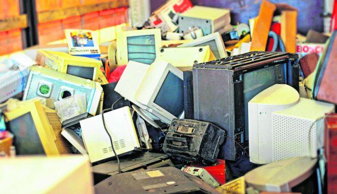 Foto: Cum scăpaţi de aparatele electronice  defecte sau vechi, la Constanţa