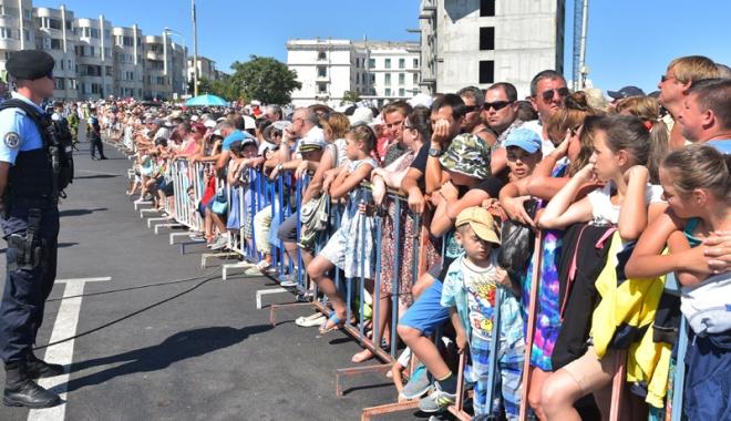 Foto: Cum se va circula în Peninsulă,  de Ziua Marinei