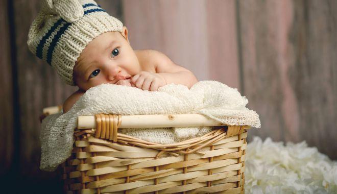Cum vă îmbrăcaţi bebeluşii pe timpul verii - cumvaimbracati2-1623596184.jpg