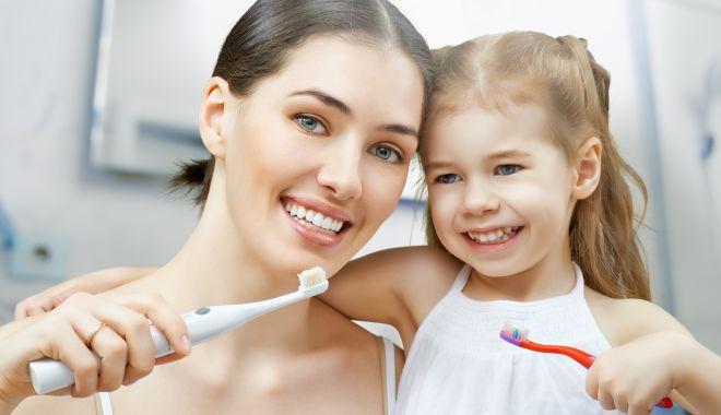 Foto: Cât de importantă este igiena orală pentru sănătatea organismului