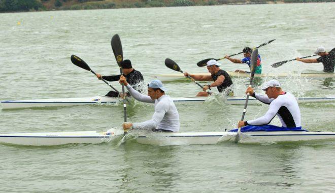"Foto: Cupa Farul - Memorial  ""Ştefan Aftenie""  la kaiac-canoe,  pe lacul Siutghiol"
