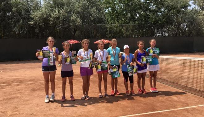 Foto: Cupa Bright-Ştiinţa la tenis rămâne  la Constanţa