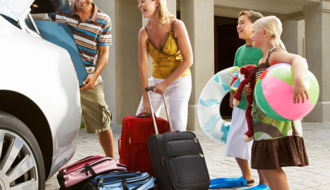 Curăţenie de toamnă în turism! ANT a ridicat licenţa agenţiilor de turism fără poliţă de asigurare - curateniedetoamna-1475684045.jpg