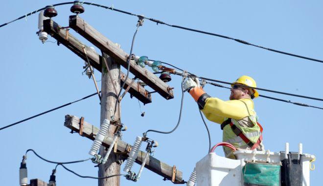 Foto: Constănţenii rămân, iar, fără curent electric