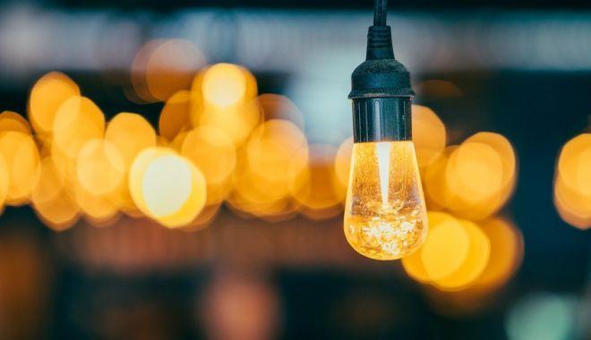 Atenție, fără curent electric în mai multe zone din Constanța - curent-1573678626.jpg