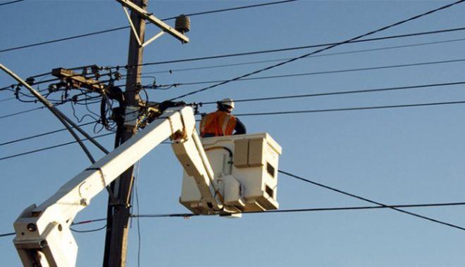 Mai multe zone din Constanţa, fără curent electric - curent-1602095732.jpg
