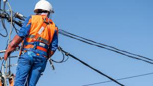 Mai multe străzi din Constanţa, fără curent electric - curent-1608577256.jpg