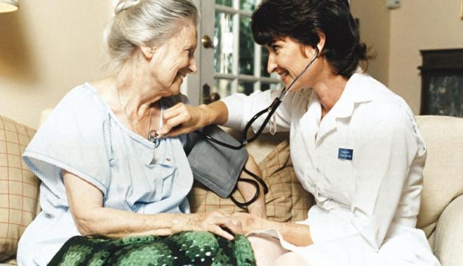 Foto: Cursuri pentru asistentele medicale