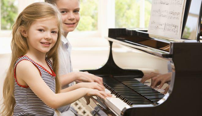 Foto: Curs de Măiestrie muzicală și pianistică, la Colegiul de Arte