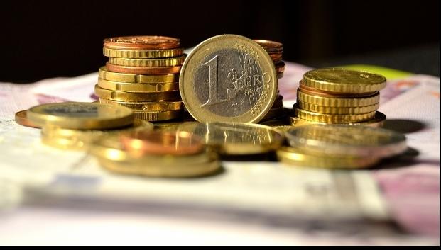 Foto: Euro a pierdut 1,05 bani. Iată cotaţia zilei