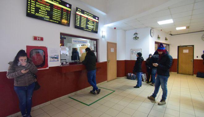 Foto: Procurați-vă bilete de tren din timp!  Agențiile de voiaj, închise de Paște