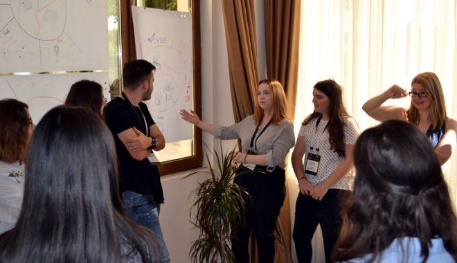 Cursuri interactive de management de proiect pentru tinerii liceeni din Constanţa - cursinteractiv3-1527180661.jpg