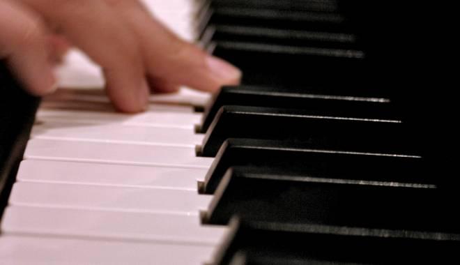 Foto: Curs de măiestrie interpretativă pianistică