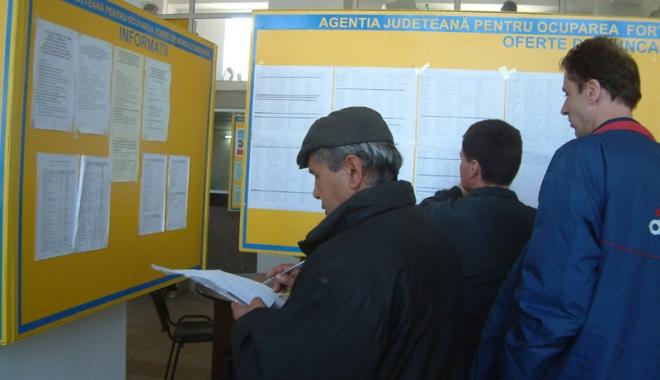 Foto: Fruntaşi la cursurile de formare  ale şomerilor