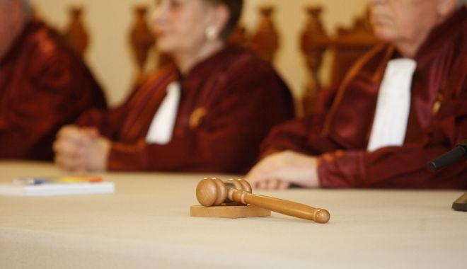 Foto: Toate sesizările pe OUG 14 au fost respinse de Curtea Constituțională