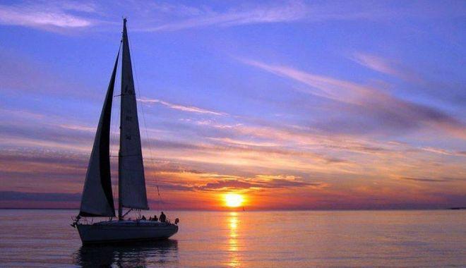 Recomandare de relaxare. Plimbare cu velierul pe Marea Neagră - cuvelierulpemareaneagra-1624560228.jpg