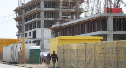 Foto: Administraţia Mazăre sacrifică transportul studenţilor şi subvenţia la energia termică pentru al doilea cartier de locuinţe ieftine