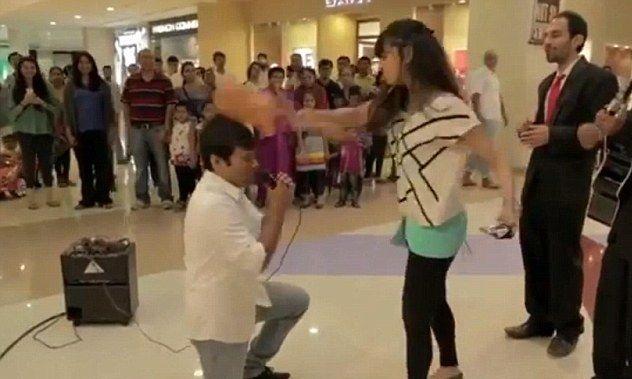 Foto: VIDEO. GEST incredibil al unei femei care a fost cerută în căsătorie