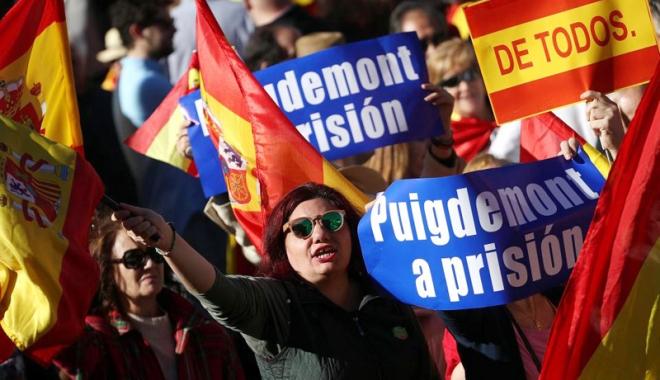 """Foto: """"Dacă Puigdemont nu se prezintă la tribunal, procedura normală este emiterea unui mandat de arestare"""""""