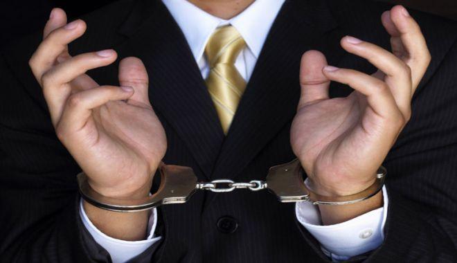 Foto: Dacă va fi introdusă infracțiunea  de stopaj la sursă, statul  ar deveni primul infractor al țării