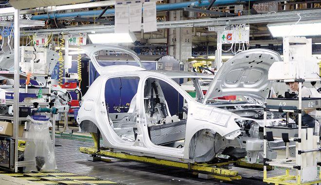 Dacia trimite din nou în șomaj tehnic 1.100 de angajați. Care este motivul - dacia-1591115595.jpg