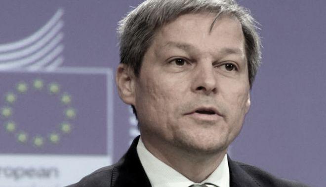Cioloş vrea să candideze la alegerile europarlamentare din 2019 - dacian-1522767113.jpg