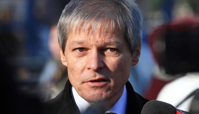 Foto: Cioloș: Din Platforma România 100 se va desprinde un partid politic