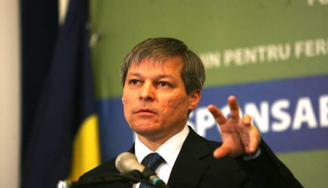 Foto: Ce transmite premierul Dacian Cioloş de Ziua Naţională a României