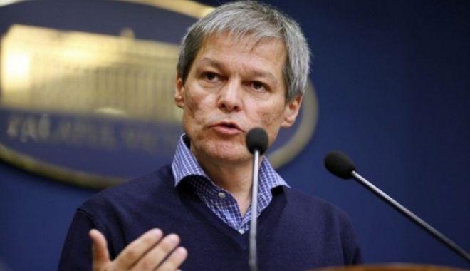 Foto: Dacian Cioloș: Îi aștept pe cei din PNL să ni se alăture