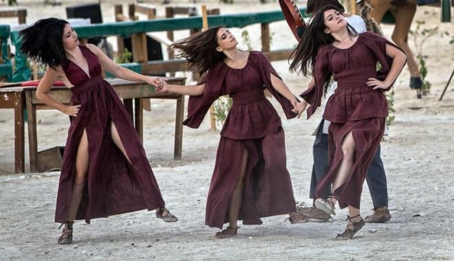 Dacii şi romanii se luptă, în week-end, în Parcul Tăbăcărie - daciisiromanii2-1503069033.jpg
