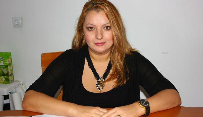 """Foto: Scandal la Teatrul de Stat.  Dana Dumitrescu reacționează: """"Sunt calomnii şi par a fi frustrări personale"""""""