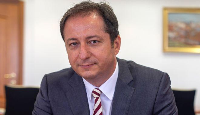 Dan Armeanu (ASF): Educația financiară reprezintă un factor important al dezvoltării economice pe termen lung și al asigurării bunăstării - danarmeanuasfeducatiafinanciarar-1606485889.jpg