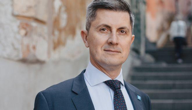 """Foto: """"Demisia lui Negrescu se înscrie în logica în care PSD și ALDE tratează România"""""""