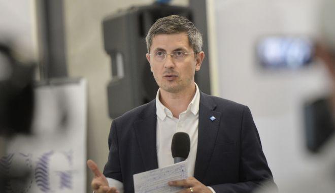 """Foto: Dan Barna: """"Alegerile europarlamentare,  test de confirmare pentru  o Românie europeană"""""""