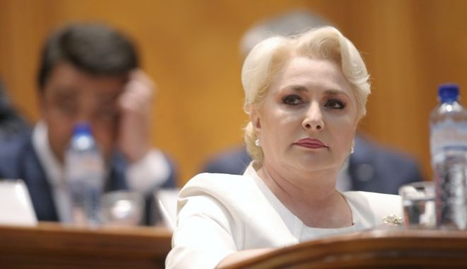 Foto: Moțiunea de cenzură pentru demiterea Guvernului Dăncilă a fost respinsă