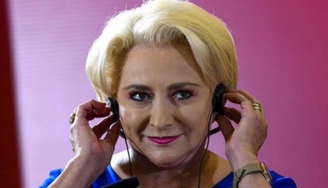 """Foto: Viorica Dăncilă merge în Parlament, chemată să dea explicații privind """"Ordonanța lăcomiei"""""""
