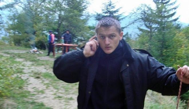 Foto: Poliţistul lovit cu o sabie în cap A RĂMAS CU O PARALIZIE