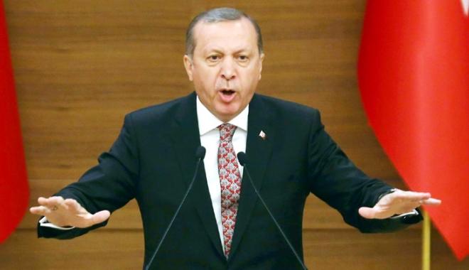 Foto: Opozanţii lui Erdogan, monitorizaţi de ambasada Turciei la Copenhaga