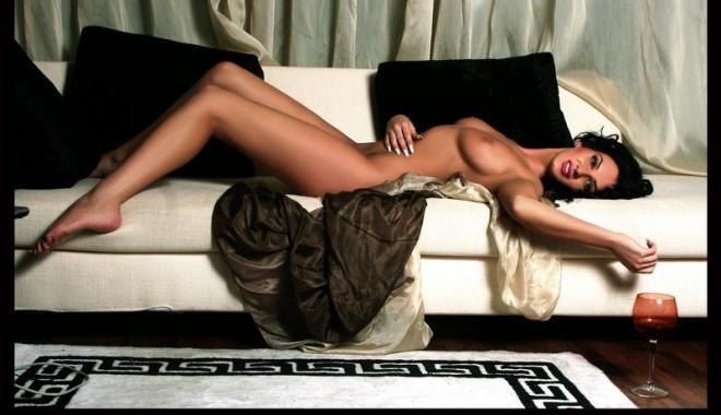 Imagini fierbinți cu cea mai sexy româncă - dania8-1322242590.jpg