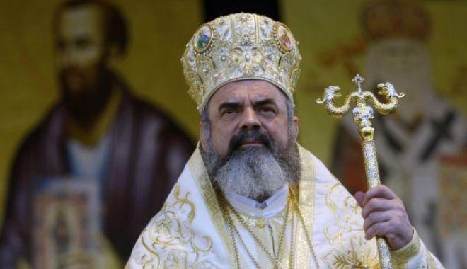 Foto: Mesajul Patriarhiei Române pentru protestatarii din Piața Victoriei