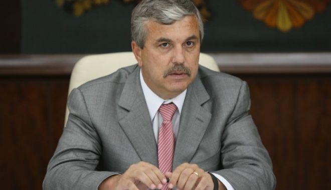 Europarlamentarul Dan Nica solicită eliminarea vizelor  SUA pentru români - dannica-1603211882.jpg