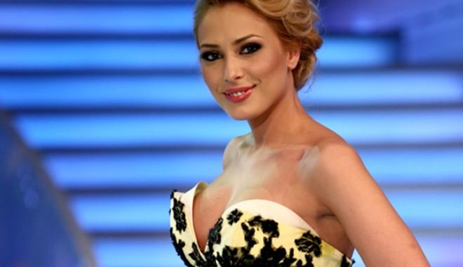 Foto: Iulia Vântur revine în televiziune